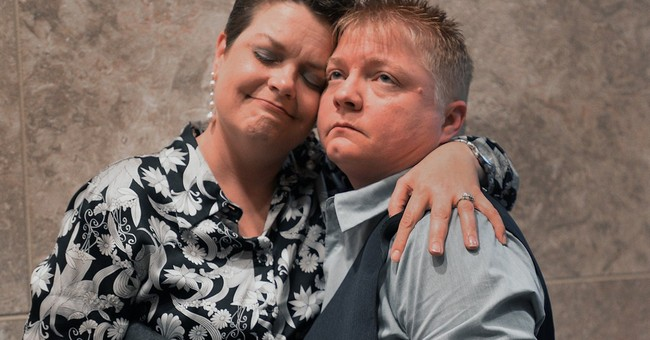 Couples rush to wed as NC gay marriage ban dumped