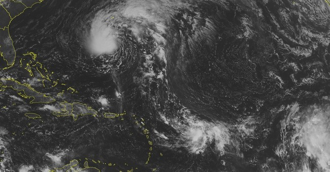 Tropical storm heads for rainy brush with Bermuda