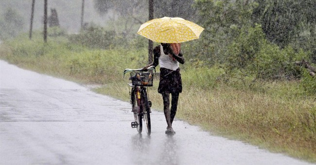 Eastern India on high alert for massive cyclone