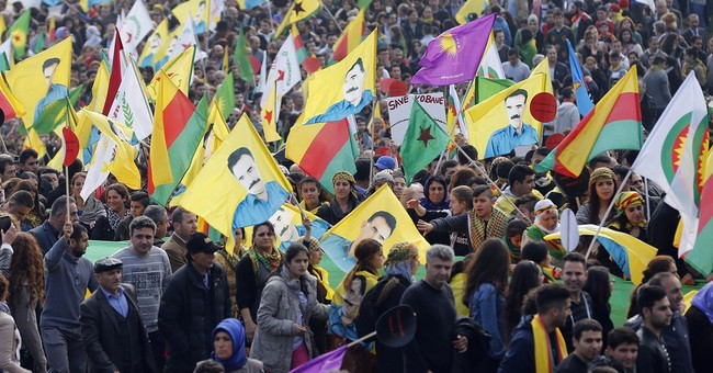 20,000 Kurds protest against IS in Germany