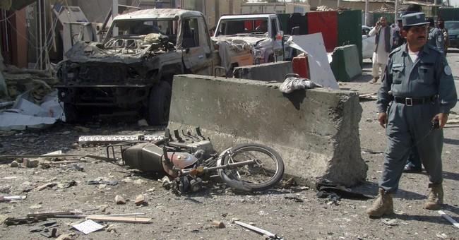 Suicide blast kills policeman in south Afghanistan