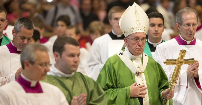Pope says Mass for 2 Canadian saints