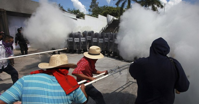Protesters burn state building in southern Mexico