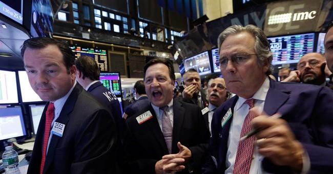 US stocks slip as traders brace for earnings news