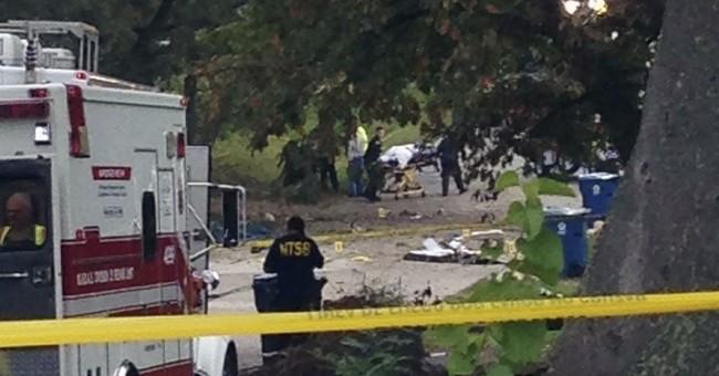 Pilot crash lands in vacant lot in Chicago suburb