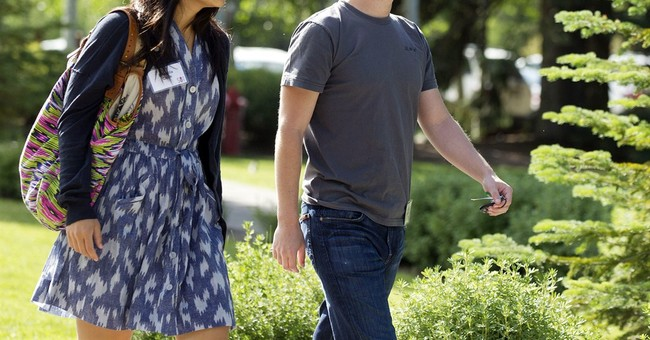 Zuckerberg, wife donate $25M to CDC for Ebola