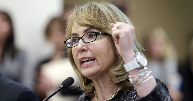 Giffords begins 9-state tour on women, guns