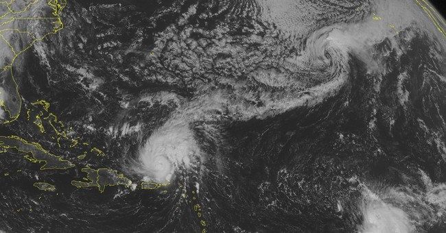Category 4 Hurricane Gonzalo aims for Bermuda