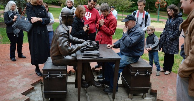 Indiana U. statue of WWII journalist Pyle has typo