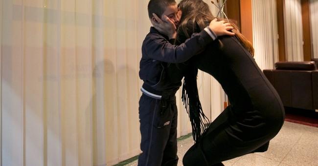 Jihadis take their kids to war; moms fight back