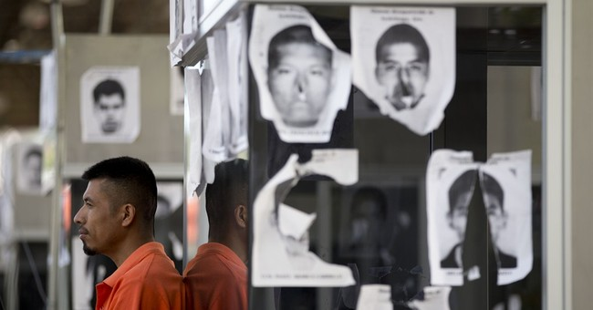 Mexico widens search for 43 missing students