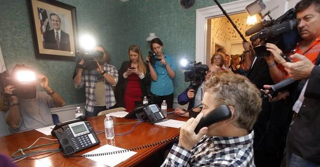 "US Sen. Paul: Ebola ""incredibly"" contagious"