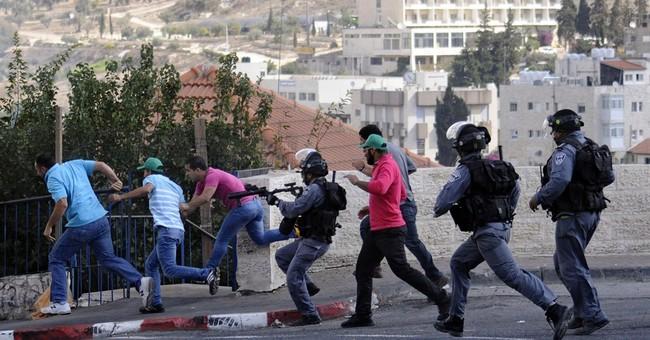 Palestinian boy shot dead by Israeli troops
