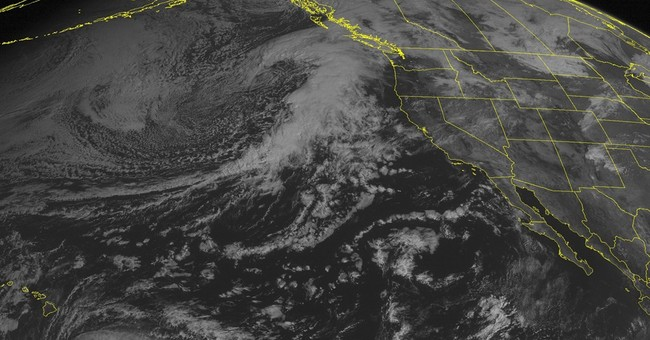 Hawaii braces for potentially destructive wind