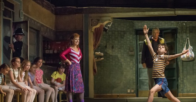 Movie screens to show a special 'Billy Elliot'