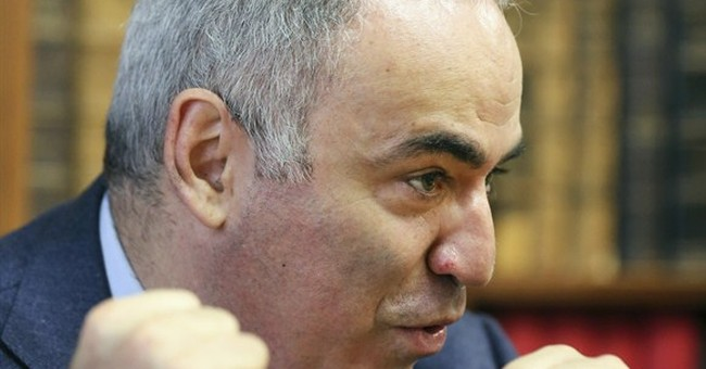 Russia's Kasparov backs case of dissident banker