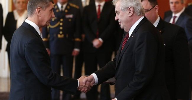 New Czech Republic coalition government sworn in