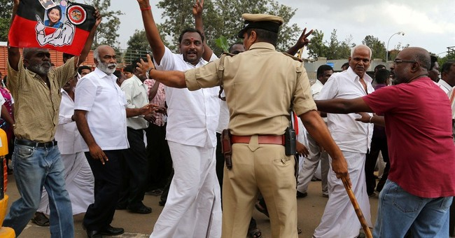 Indian politician convicted of graft gets bail