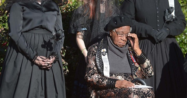 Confederate pomp amid burial of slave's daughter