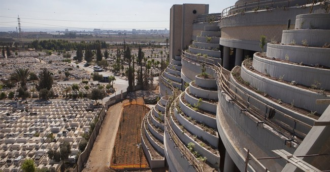 Israel raises the dead with skyward cemetery