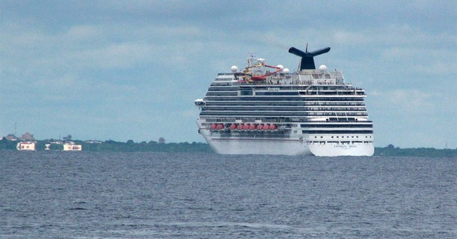 US monitors health care worker aboard cruise ship
