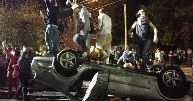 Police probe New Hampshire pumpkin fest melee