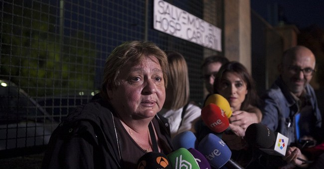 Spanish woman free of Ebola, final tests show