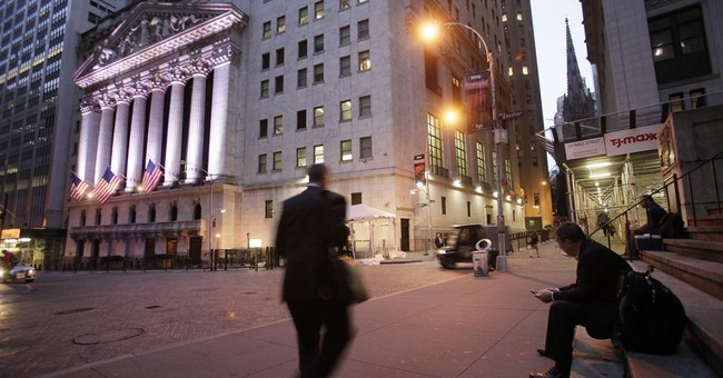 US stocks gain in midday trading; Apple, Harley up