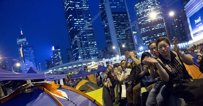 Hong Kong students, officials talk but don't agree