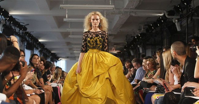 From Kors to DVF, fashion mourns de la Renta