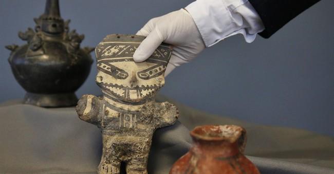 US returns dozens of stolen artifacts to Peru