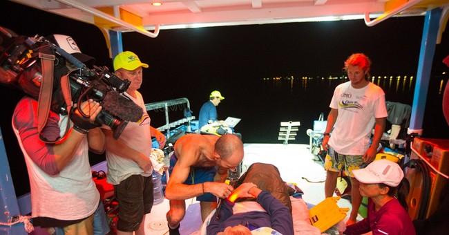 Australian finishes marathon swim in Bahamas