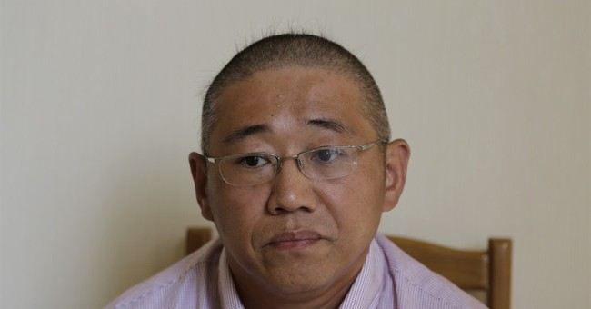 NKorea signals US must apologize to free detainees