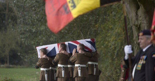 WWI casualties reburied after DNA identification
