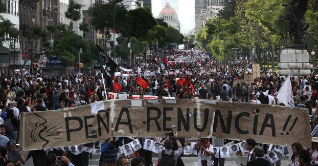Hunt for 43 students highlights Mexico's missing