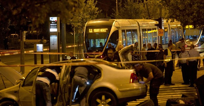 Palestinian kills baby at Jerusalem station