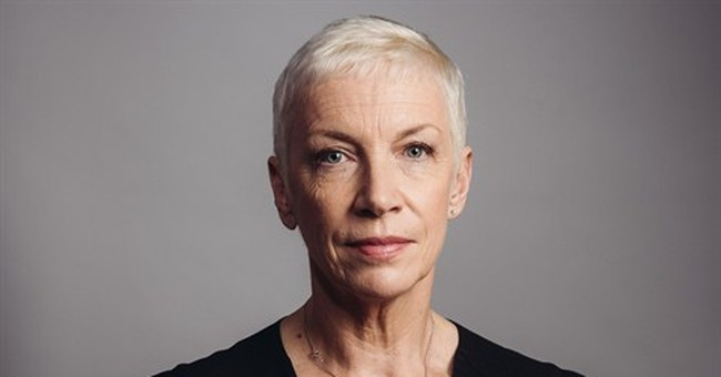 Annie Lennox embraces jazzy 'Nostalgia'