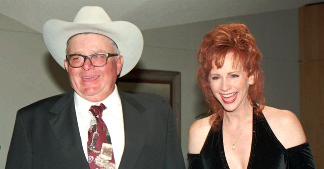 Father of country star Reba McEntire dies