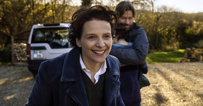 Binoche explores risks, passion of war photography