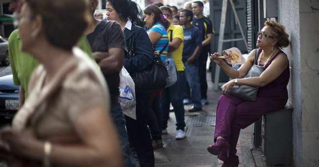 Venezuelans brace for slump in oil prices