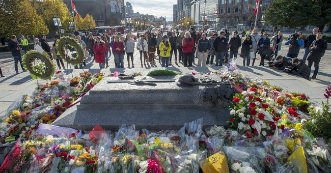 Canada to give slain soldier hero's send-off
