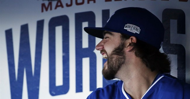 Finnegan passes test, Royals stop Giants in Game 3