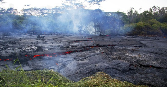 After weeks of watching, Hawaii lava nears home