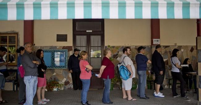 Vazquez tops Uruguay president vote; faces runoff