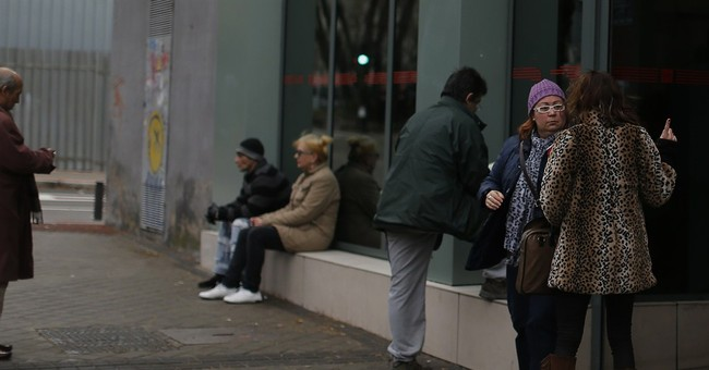Spain Dec jobless dip best on record for the month