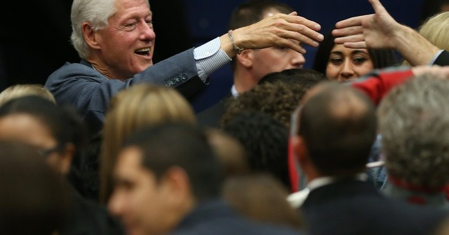 Bill Clinton stumps for Colorado Democrats