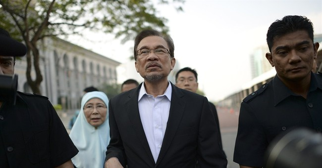 Malaysia's Anwar makes final appeal in sodomy case