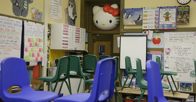 The power of cute: Hello Kitty Con debuts in LA