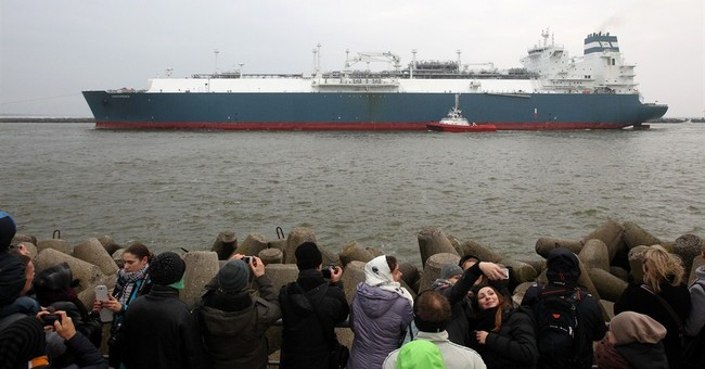 Floating gas terminal anchored in Lithuania