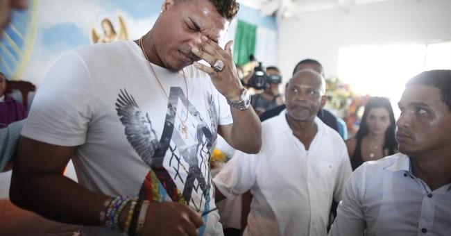 Thousands attend Oscar Taveras' Dominican burial